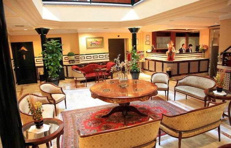 Cervantes - Hotel - 24