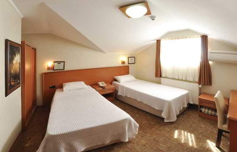 RONAX HOTEL - Room - 12