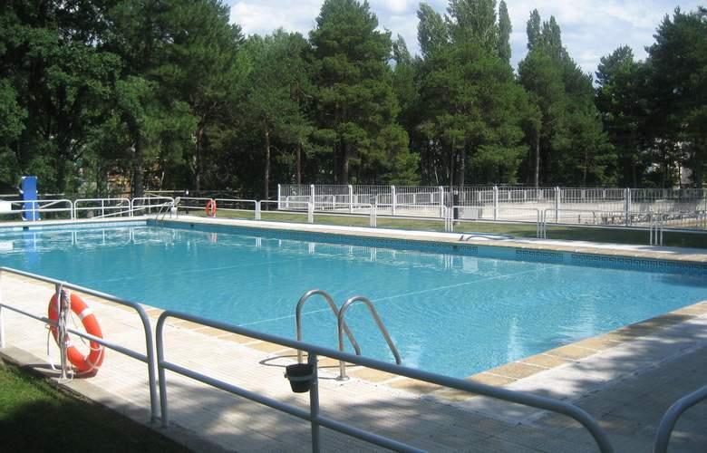 La Pardina - Pool - 3