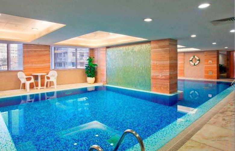 Holiday Inn Cotai Central - Pool - 12