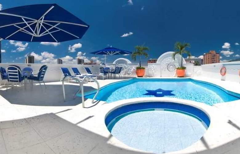 Hotel Buena Vista - Pool - 2