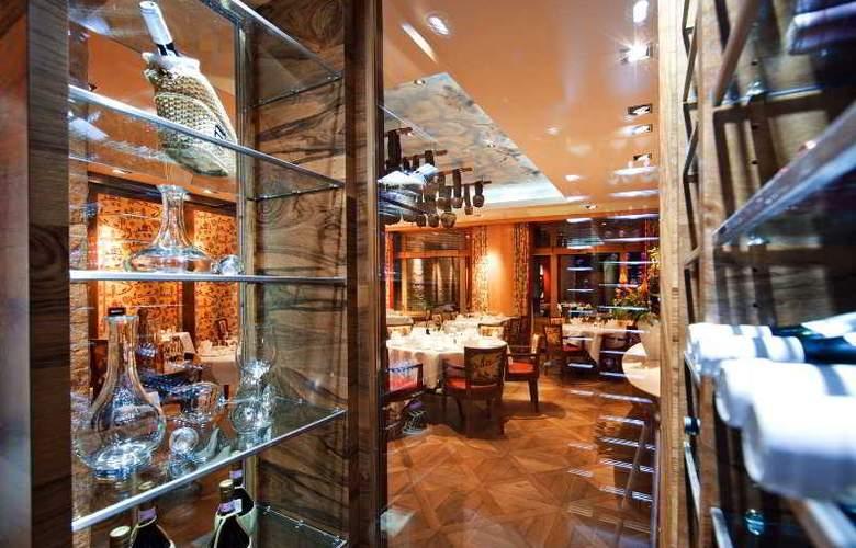 Arosa Kulm Hotel - Restaurant - 1