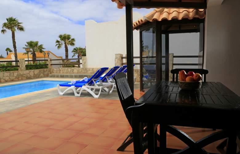 VIP Villas - Terrace - 12