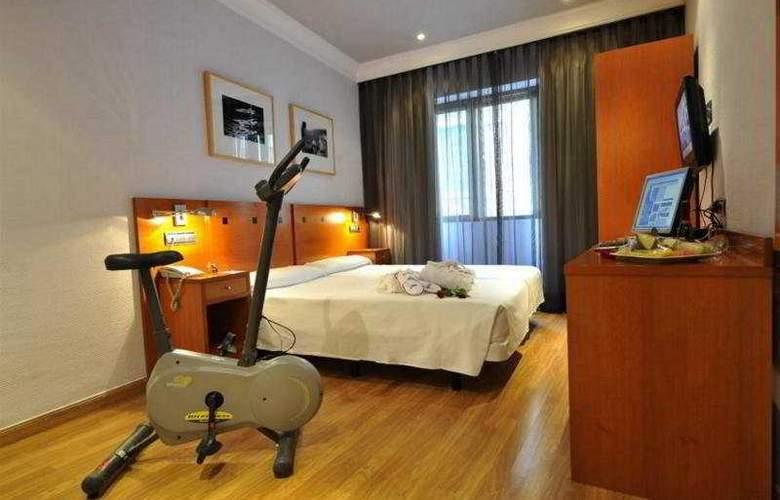 Hotel Petit Palace Cliper Gran Vía - Room - 12