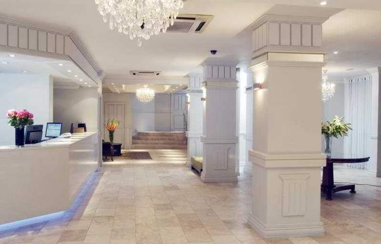 Manhattan Hotel - General - 1