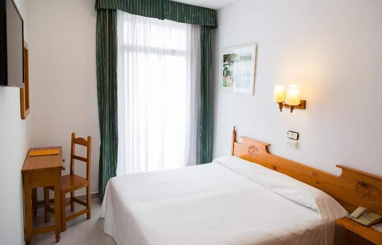 Neptuno Calella - Room - 15