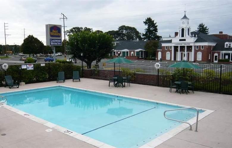 Best Western Lakewood Motor Inn - Pool - 21