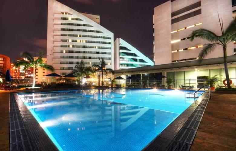 San Fernando Plaza - Pool - 28