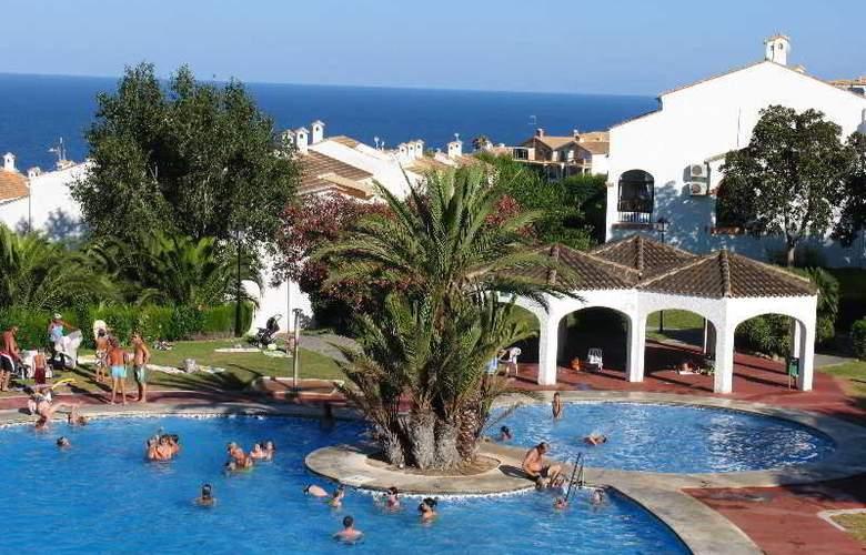 Urb. Gran Vista - Pool - 6