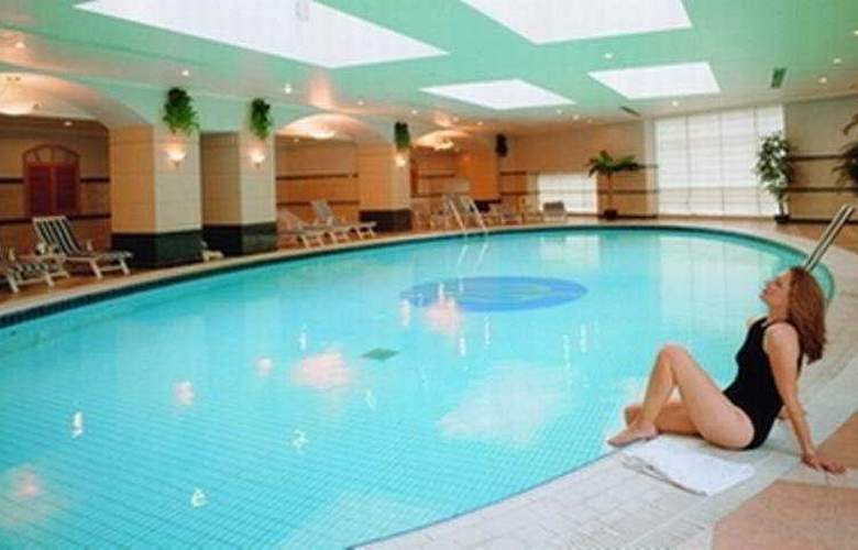 New harbour Service Apartments - Pool - 5