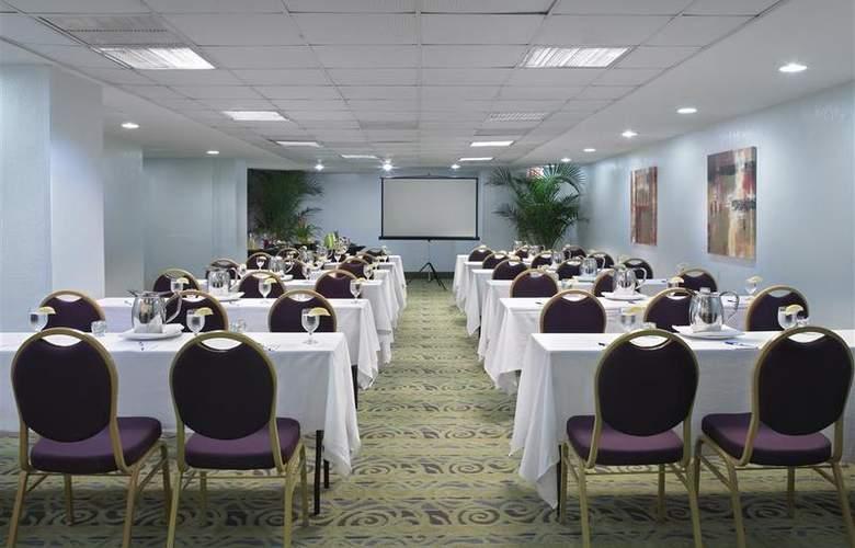 Best Western Plus Atlantic Beach Resort - Conference - 92