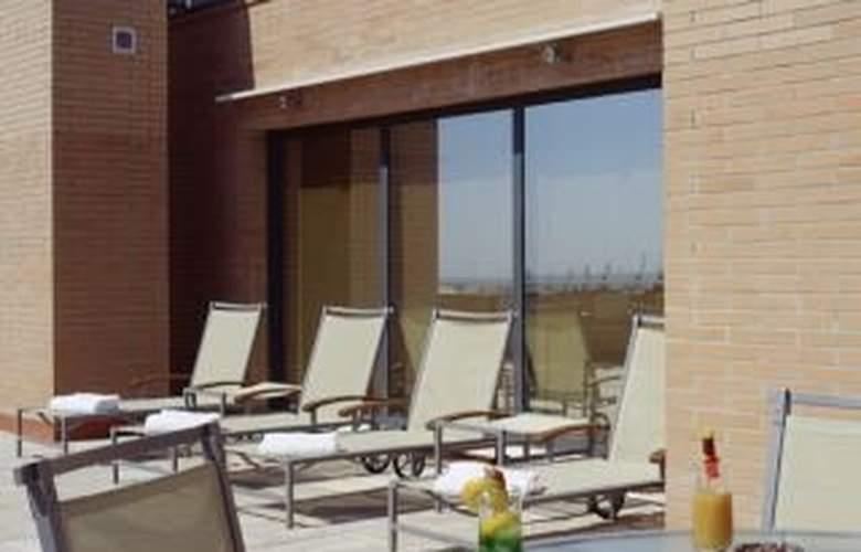 AC Tarragona - Terrace - 3