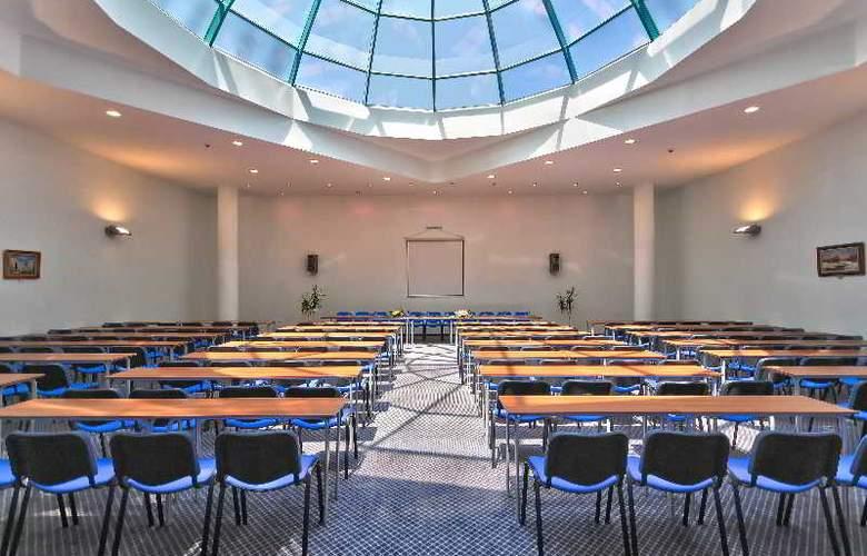 Marina Grand Beach - Conference - 9