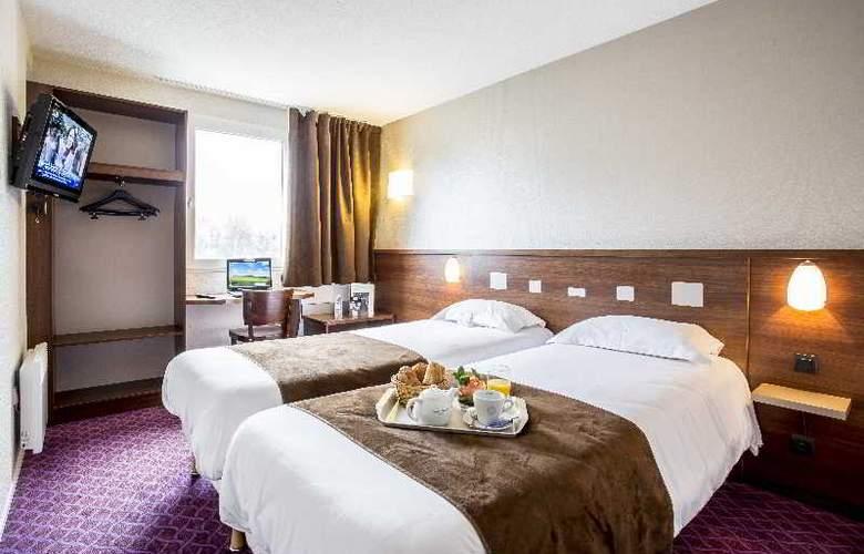 Brit Le Castel - Room - 7