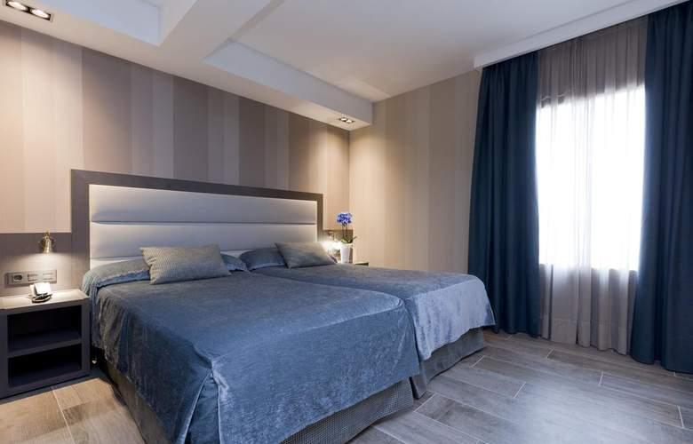 Reina Cristina - Room - 1