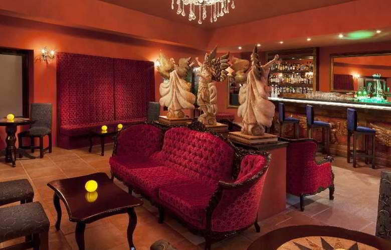 Azul Beach & Hotel Resort Gourmet All Inclusive - Bar - 19