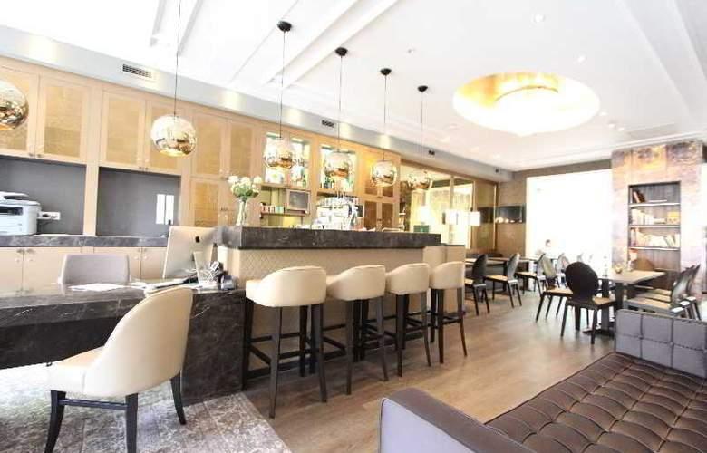 Apple Inn Hotel - General - 2