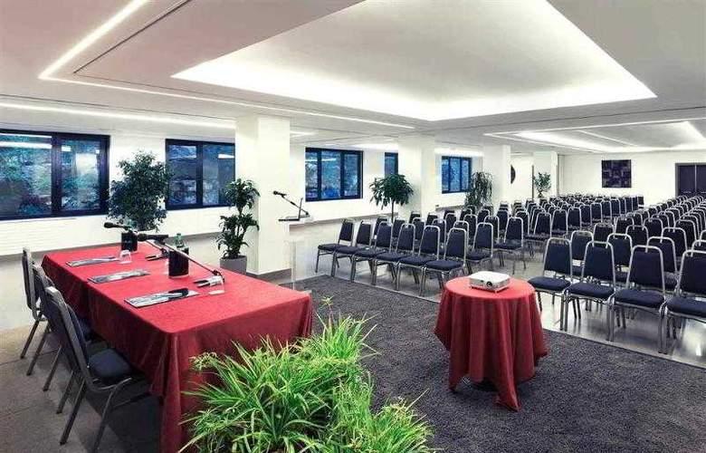 Mercure Villa Romanazzi Carducci Bari - Hotel - 4