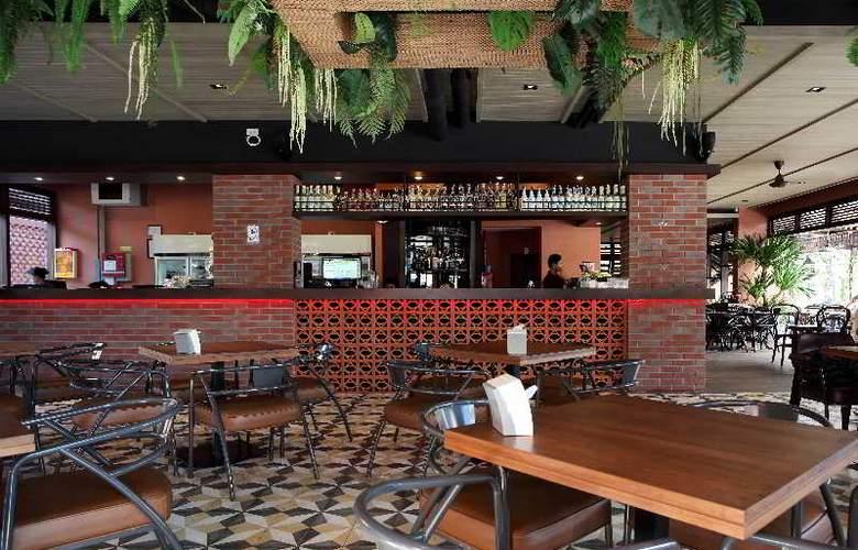 Rambuttri Village Inn & Plaza - Restaurant - 20