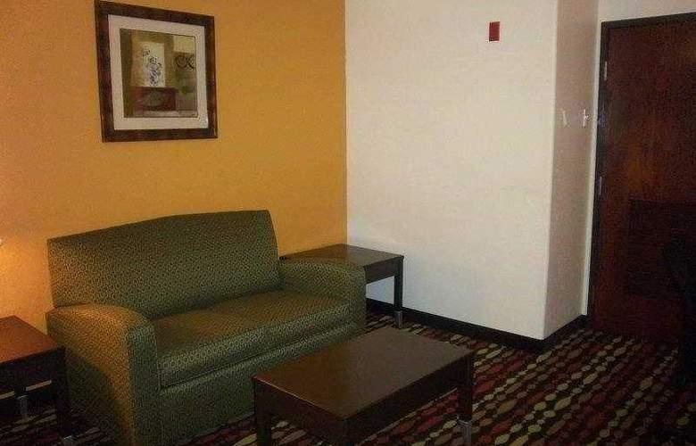 Best Western Greentree Inn & Suites - Hotel - 49