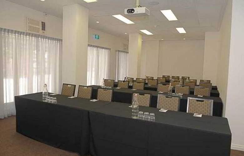 Pensione Perth - Conference - 2