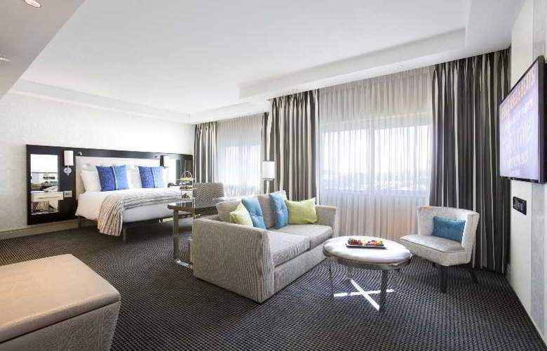 Southern Sun Cape Town Waterfront - Room - 11