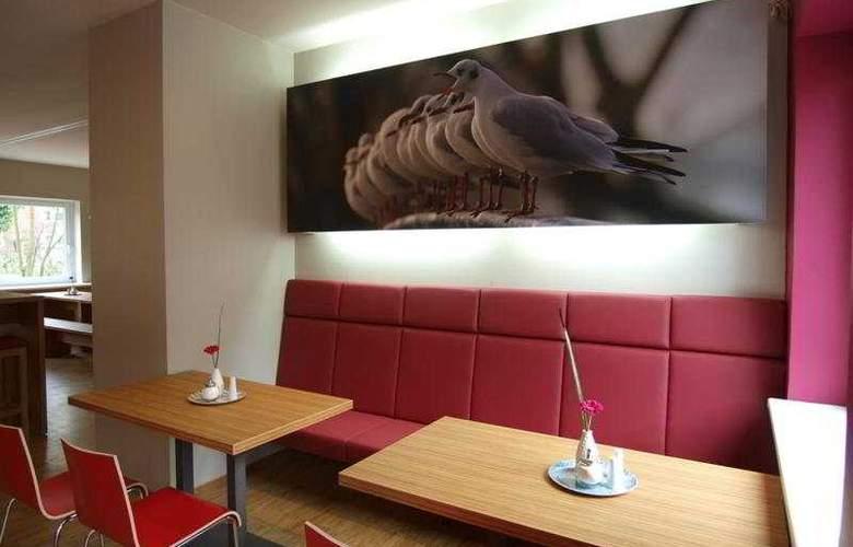 Meininger Hamburg City Center - Restaurant - 10