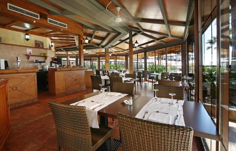 Hotel & Spa Peñíscola Plaza Suites - Restaurant - 41
