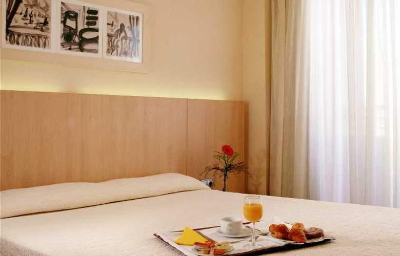 Advise Hotels Reina - Room - 5
