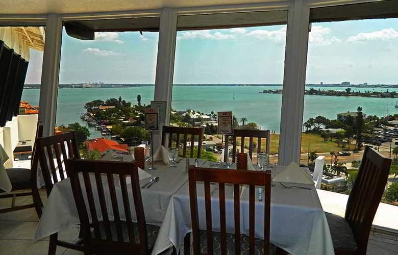 Grand Plaza Hotel St Pete Beach - Restaurant - 8