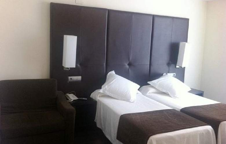 Diego's - Room - 7