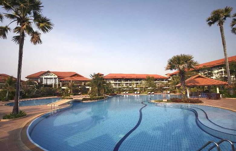 Angkor Palace Resort & Spa - Pool - 11