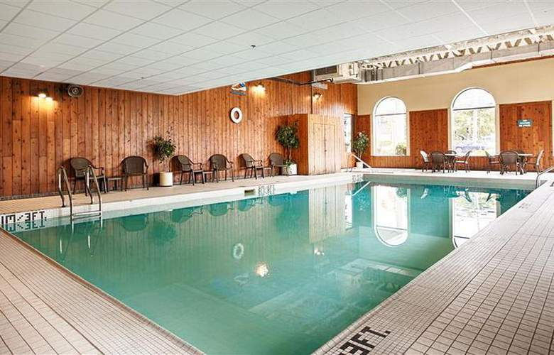 Best Western Glengarry Hotel - Pool - 85