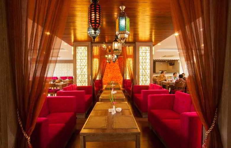 Lombok Raya - Restaurant - 16