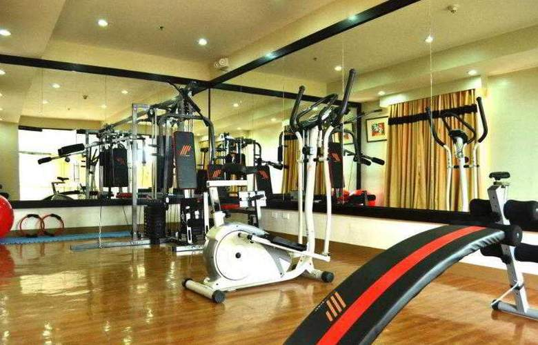 The Pinnacle Hotel and Suites - Sport - 1