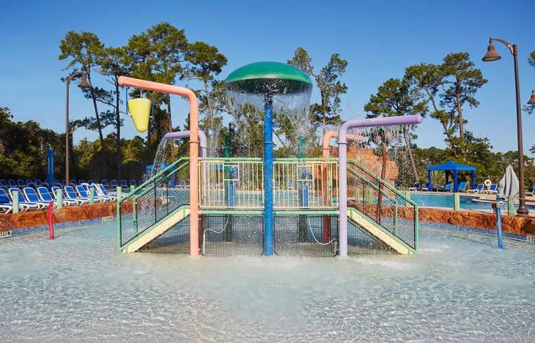 Wyndham Garden Lake Buena Vista Disney Springs Resort Area - Pool - 3