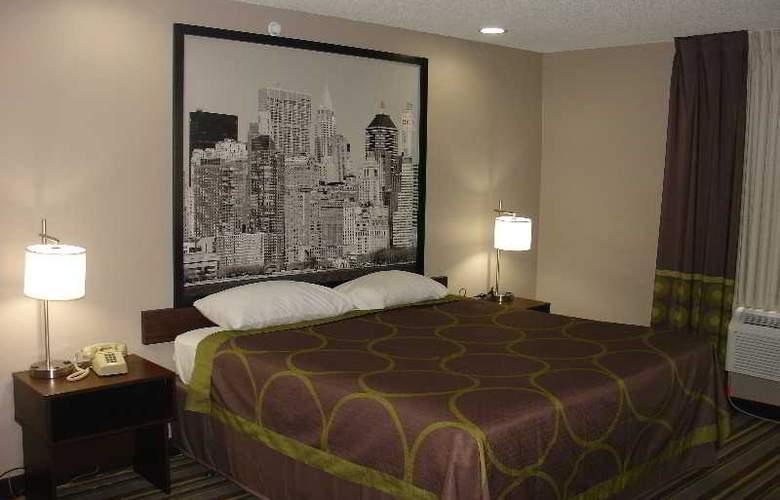 Super 8 Jamaica North Conduit Avenue - Room - 2