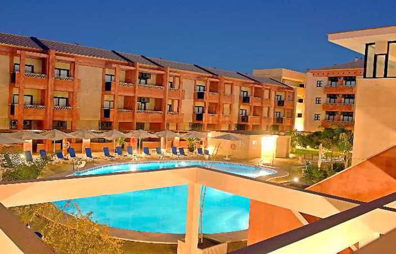 Leo Punta Umbría - Hotel - 3