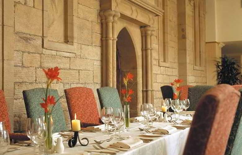 Macdonald Inchyra Grange Hotel - Restaurant - 4