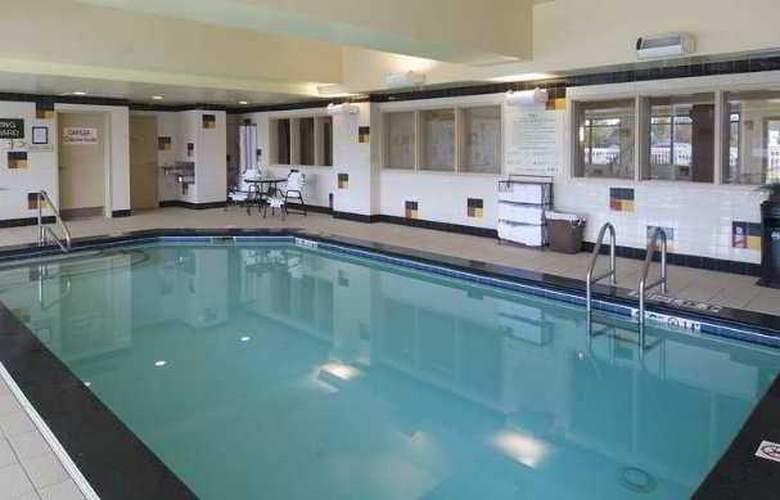 Hilton Garden Inn Anchorage - Hotel - 2