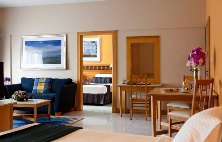 Golden Sands Hotel Apartments - Room - 4