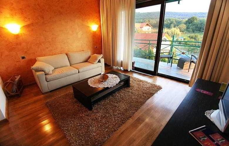 Sunny Hill - Room - 7