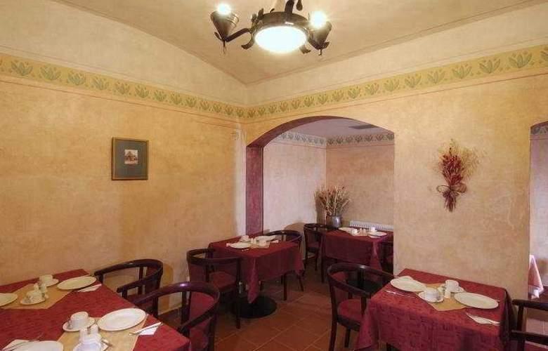 Jeleni Dvur - Restaurant - 10