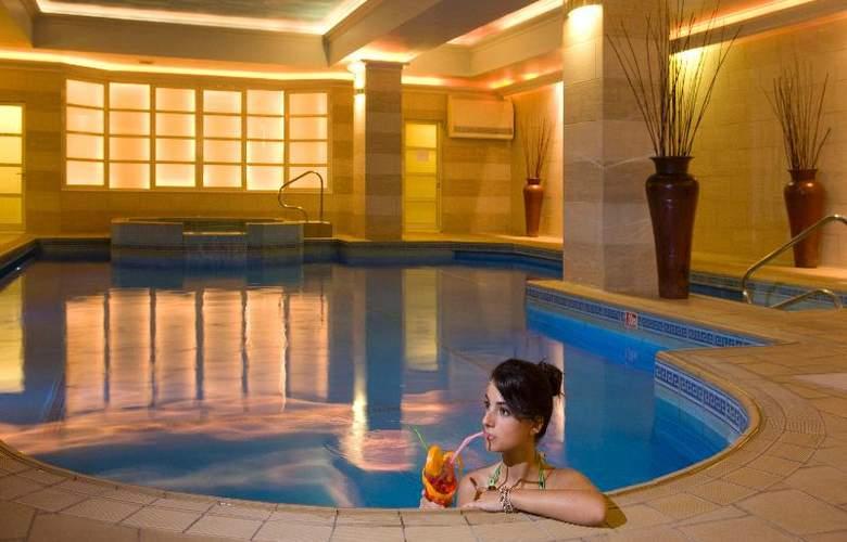 Solana Hotel & Spa - Pool - 23