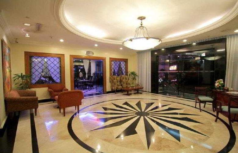 Best Western Oxford Suites Makati - Hotel - 4