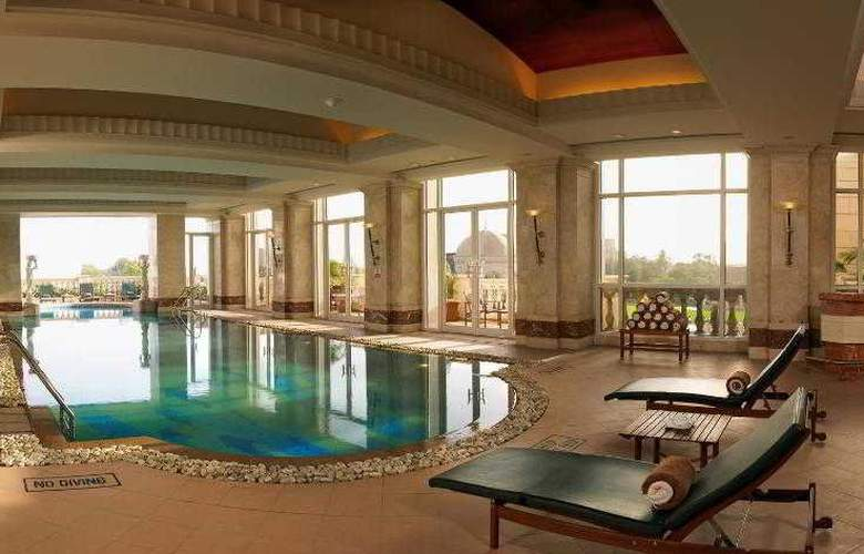 Itc Grand Central - Pool - 29