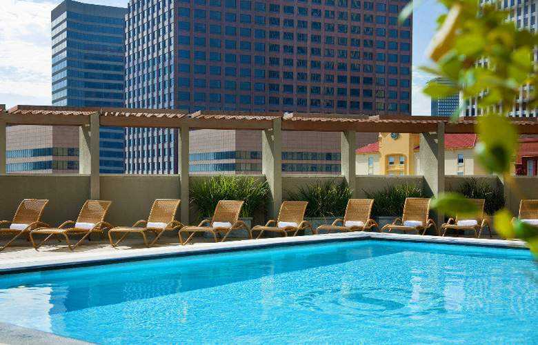 Sheraton New Orleans - Pool - 4