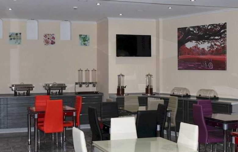 Slina Hotel Brussels - Restaurant - 15