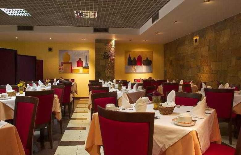 Jorge V - Restaurant - 10