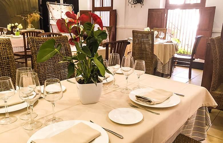 Santuario San José - Restaurant - 26